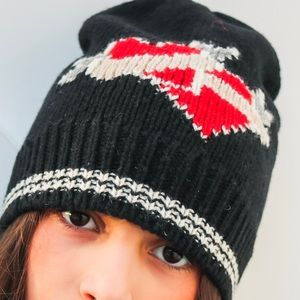 8fc5caa624a Marc Jacobs Red Heart Beanie